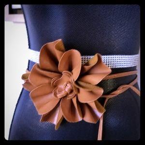 Accessories - Unique Flower Belt one size